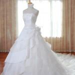 販売ドレス、レンタルドレス豊富なラインナップで皆様のご来店をお待ちしております!